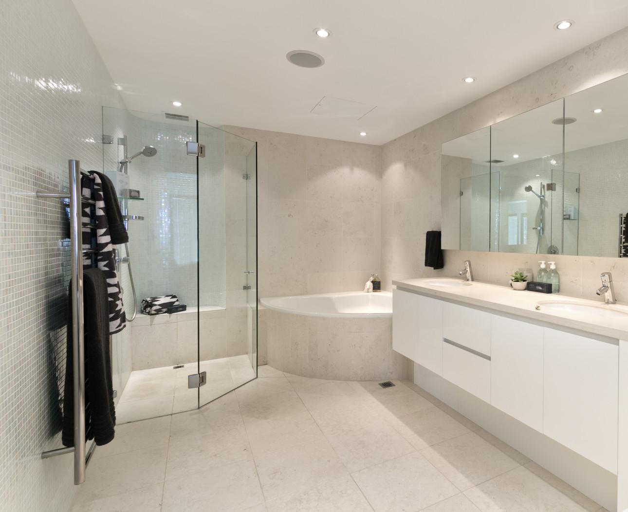 badezimmer neu oder sanierung aus einer hand gesamtkoordination. Black Bedroom Furniture Sets. Home Design Ideas